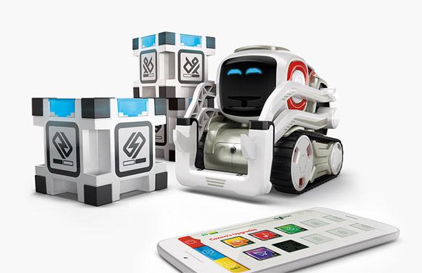 cozmo-robot-review-blocks